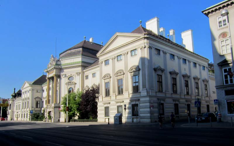 Palais Auersperg von außen an der klassische Musik in Wien