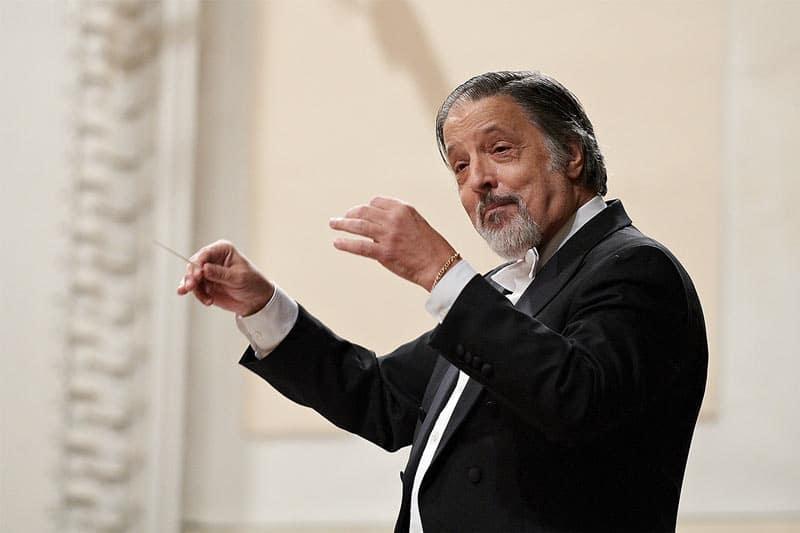 Roderik Kucavik Dirigent